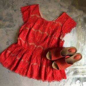 Anthropolgie red lace peplum top size m